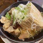 大衆酒場 練馬 春田屋 - 特製もつ煮豆腐