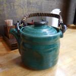 そば二十三 - 蕎麦湯は土瓶での提供