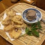 137386195 - 鶏レバーペーストのレンコン天ぷら