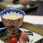 神戸牛割烹 銀座 美作 - 旬の一皿:旬の小鉢(冬瓜、茄子のオランダ煮、合鴨のロースト、トマトの甘露煮)