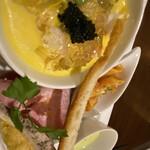 Raccolta - キャビアの乗った冷製茶碗蒸しがすっごく美味しいです。具沢山でした。他の前菜もしっかりと量がありどれも美味しいです