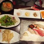 海鮮厨房 夢蘭 - 10周年記念の\2800 写真には写っていませんが、この他にも何品か有りました。