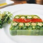 137424335 - サーモンと季節野菜のテリーヌ