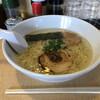 Hakatashioramenjou - 料理写真:塩ラーメン¥650