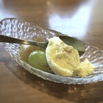 イタリアン食堂 NUKUNUKU - デザート・・バニラアイスと甘露煮にした無花果、マスカットなど。