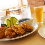 呉 ハイカラ食堂 - ライスとスープのセットになっています。