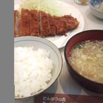 13746621 - とんかつ定食1400円