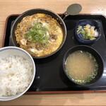 吉野家 - (秋限定)牛とじ御膳(598円)
