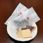 137476111 - お茶菓子