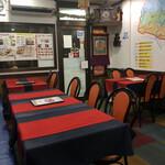 ヒマラヤンネパール食堂 - 内観