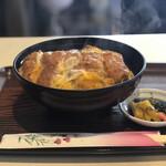 いろは食堂 - 料理写真:かつ丼¥500