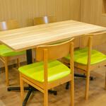 東京桃果 フルーツ ガーデン - 4名テーブル