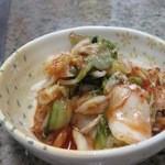 焼肉幸栄 - キムチ