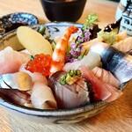 寿司吟 - 上ちらし 2400円