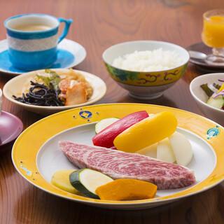 【ランチ限定】完熟近江牛炭火焼きイチボステーキ