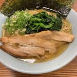 らー麺 たまや零式 - 料理写真: