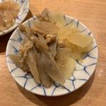 天ぷらめし 金子屋 - 牛蒡、沢庵