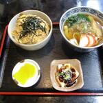 137524031 - ミニきしめん 360円 & ミニ玉子丼 370円+小鉢(豆腐)。     2020.09.24