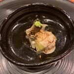 南山 吉扇 - 料理写真:胡麻豆腐、三河湾の鮑、焼き茄子 胡麻ダレソース