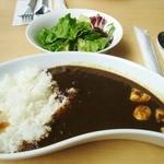 カフェバルコニー - カレーセット(サラダ・ドリンク・ケーキ付):1,000円