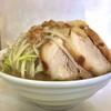 魔人豚 - 料理写真:ほぼ水平目線