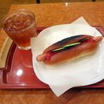 スリーコンカフェ - 朝セット290円(プレーンドック+アイスティストレート)