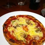 ドラゴンカフェ - ミックスピザ!マルゲリータも食べたけどミックスめちゃうま~(*^^)v!