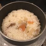 海鮮炭 大地 - ホタテの釜飯