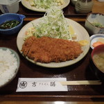 吉膳 - 料理写真:特ロースカツ定食