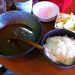 Tenkushinishioka - 手羽先スープカレー 700円 ランチタイムメニュー