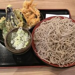 味奈登庵 - 野菜つけ天 730円