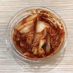焼肉弁当カルビ亭 - 自家製キムチ小