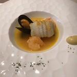 レストラン キルン - 舌平目、エビとムール貝のブイヤベース