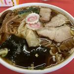 栄楽 - ワンタンメン ¥600 税込
