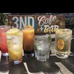 3nD CAFE+BAR - ハイボール、サワー、カクテル各種(テキーラ、ジン、カンパリ、マリブ、ラム、ピーチ、カシス)