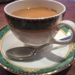 13760015 - TT紅茶なんて云わないで、紅茶も素敵ですが マイルドあらめの軽い?コーヒーで~す^^美味しい。見て欲しいのはカップとお皿実際に見ると素敵なんですよ(^^♪