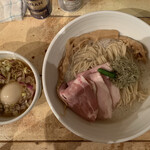 中華そば トリコ - 特製昆布つけ麺。