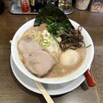 うまいヨゆうちゃんラーメン - ラーメン 味玉付き