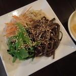 豚風 - ナムルの四種盛り(\480)