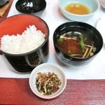 13762675 - 宴会 食事