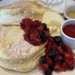Kafefuramingo - ベリーベリーパンケーキ