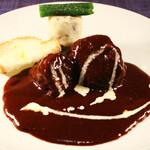 シエスタ ヤマノテ - 5,000円コース肉料理一例