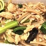 中国料理 桂亭 - 豚肉と卵ときくらげの炒め。