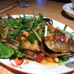 タイ田舎料理 クンヤー - プラーラープリック(魚のスパイシーソースあんかけ) 1,550円