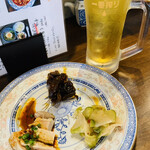 武漢熱干面 Juan - ほろ酔いセット♡は ¥1100- 冷菜3種➕温菜2種