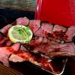 まーぼー - 赤牛ローストビーフ丼