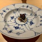Nishimura Takahito la Cuisine creativite - 鹿児島県産の鰻のポワレ〜パイ生地を使用したミルフィーユ仕立て あおさのソースで〜