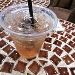 カフェ ブリッコ - アイス和紅茶(240円)