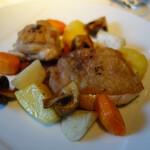 エピスカネコ - 鶏腿肉のロースト