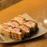 福島酒場 おお㐂 - 追加料理・A5ランク大分和牛イチボのレアカツ¥1250これも安いっ!